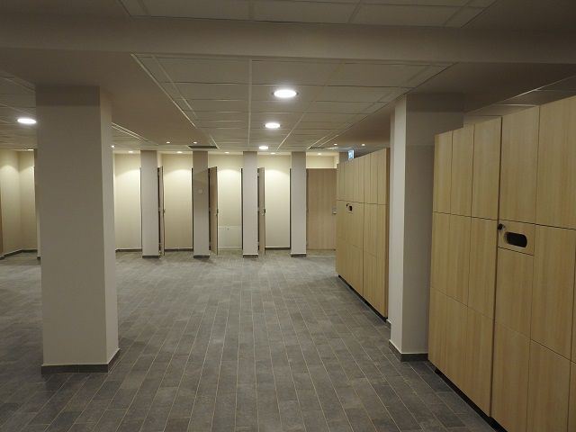 aqua park arsenal 12 vestiare